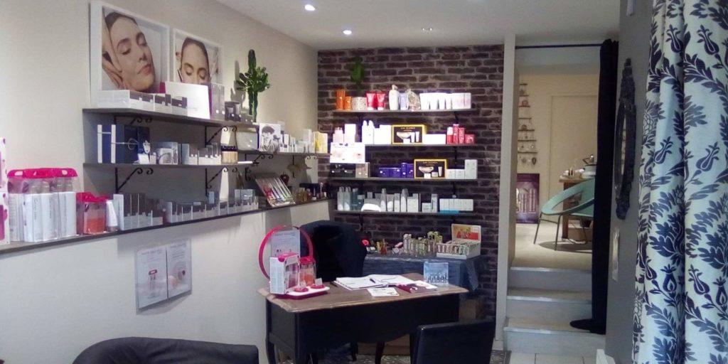 FanBeaute salon de beauté à Fontenilles enroutepourleweb vue de l'Entrée